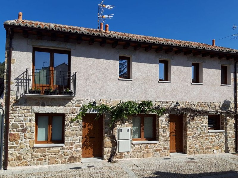 CONFORTABLE CASA LA VILLA, holiday rental in Patones