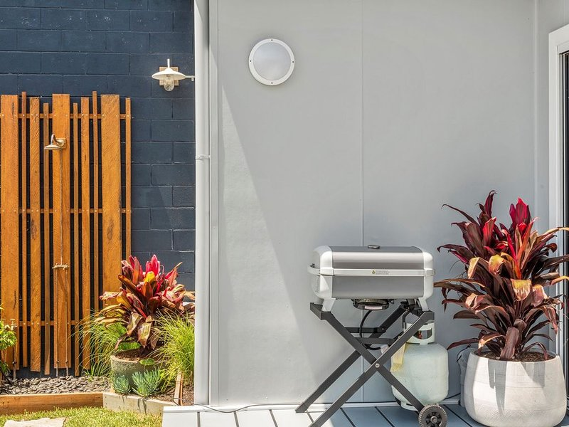Studio Ocean Breeze * Huskisson, holiday rental in Woollamia
