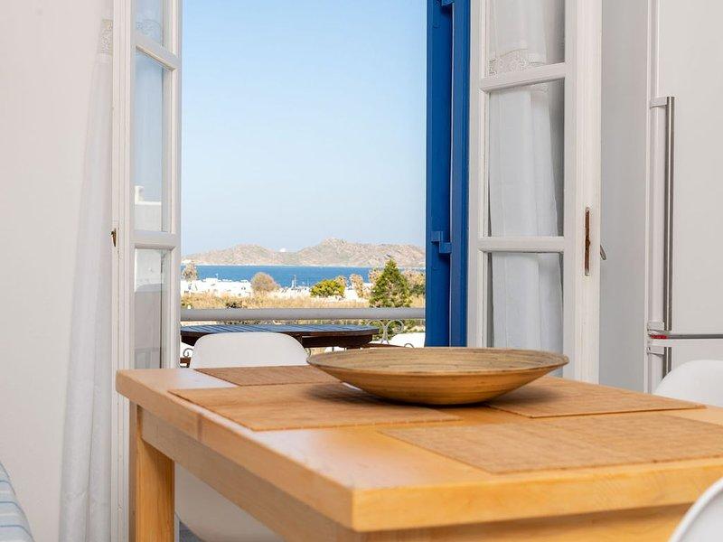 Brand New listing  peaceful, comfortable and fully furnished villa., aluguéis de temporada em Naoussa