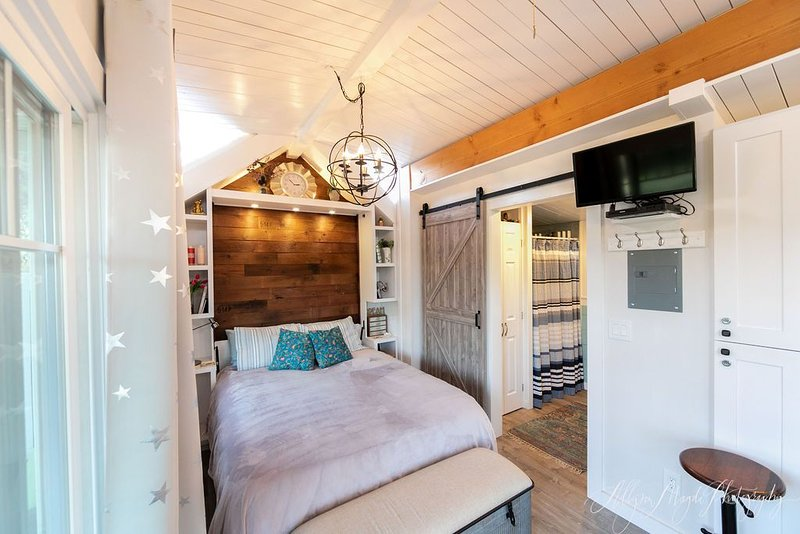 A Cozy Tiny Home in the middle of Wine Country, casa vacanza a Templeton