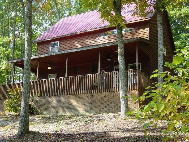 Newly renovated, Scenic Hilltop Cabin near Natural Bridge State Park, holiday rental in Rogers