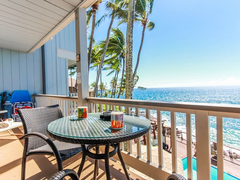 Poipu Palms 204: FREE Midsize Car, Oceanfront Corner Condo, Cliffside Pool - in, holiday rental in Poipu