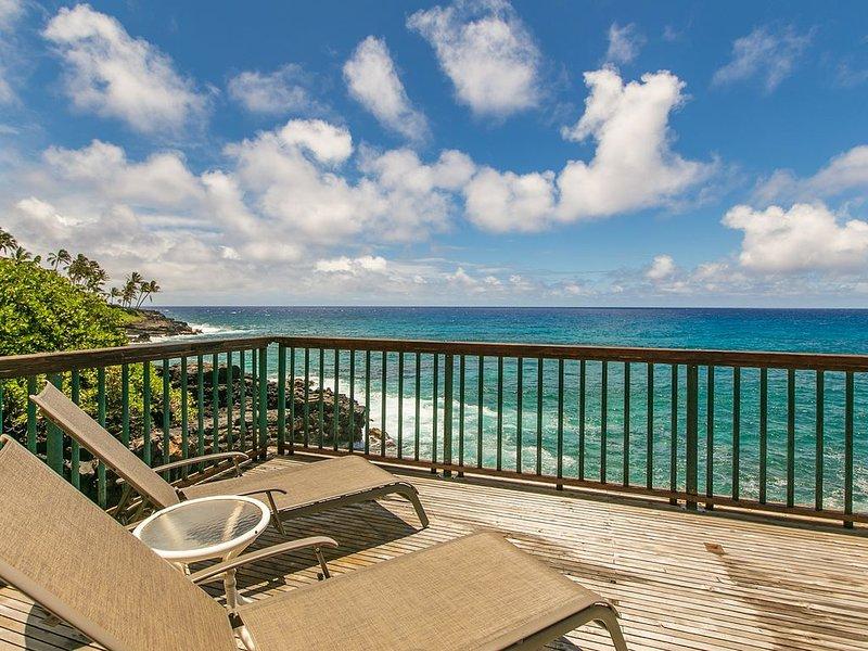 AC, Oceanfront Deck, Pool: Poipu Shores 101B, aluguéis de temporada em Kauai