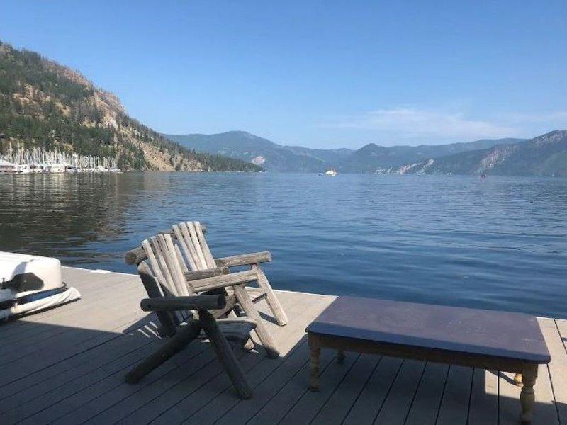 Romantic Cozy Float House, location de vacances à Bayview