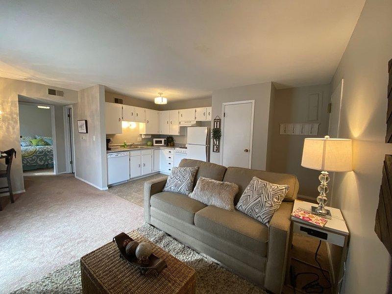 Bright and Modern Style Suite, location de vacances à Lincoln