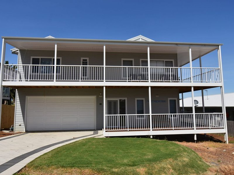 Horseshoe Bay House - Entire Home - Position & views!, holiday rental in Barragga Bay