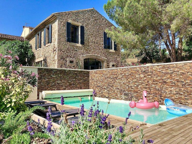 Ancienne forge rénovée avec piscine, climatisation et prestations de standing, vakantiewoning in Saint-Andre-de-Roquelongue