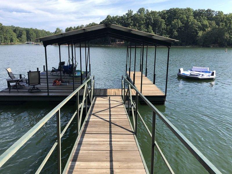 Hartwell Lakefront Home Near Clemson University, location de vacances à Clemson