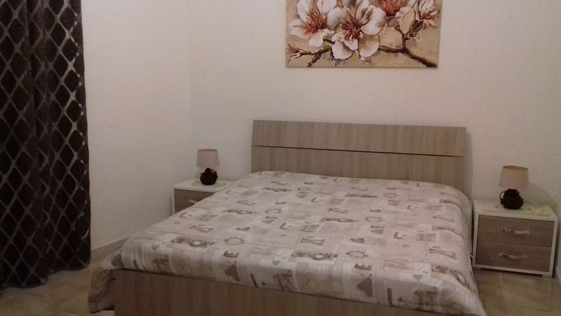 Casa Luminosa a 2 passi dal porto, vacation rental in Trapani