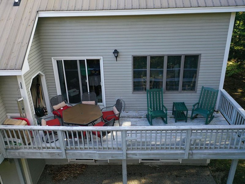Cozy Year Round White Mountain Retreat, holiday rental in Intervale