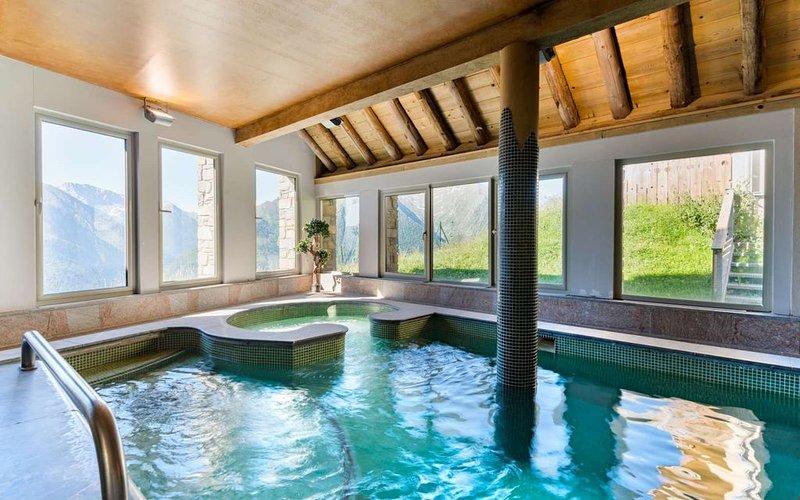 Appart 50m du Télécabine | Accès Piscine + Sauna!, casa vacanza a Tramezaigues