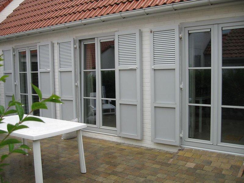 Super gezellige, kindvriendelijke, recente villa, in de mooiste Kustgemeente, location de vacances à De Haan