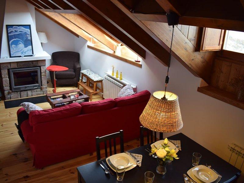 Apartamento Neril en Eje Pirenaico  Benasque - Arán. A 1400m de altitud., holiday rental in Bisaurri