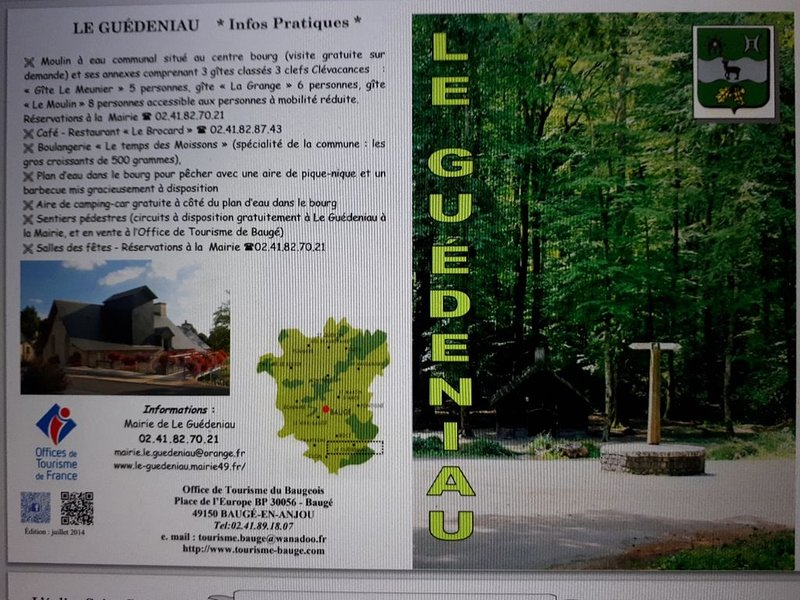 Gîte de charme, XVIII, proches forêts, piscine chauff. zoo de la Flèche à 25 mn, holiday rental in Jarze