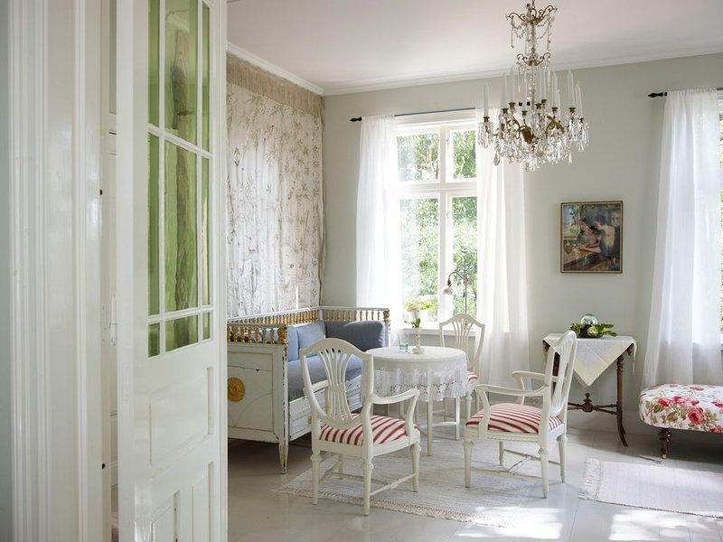 Le Jaurès - Appartement 37m2 au coeur d'Annecy avec vue sur les montagnes, aluguéis de temporada em Varmdo