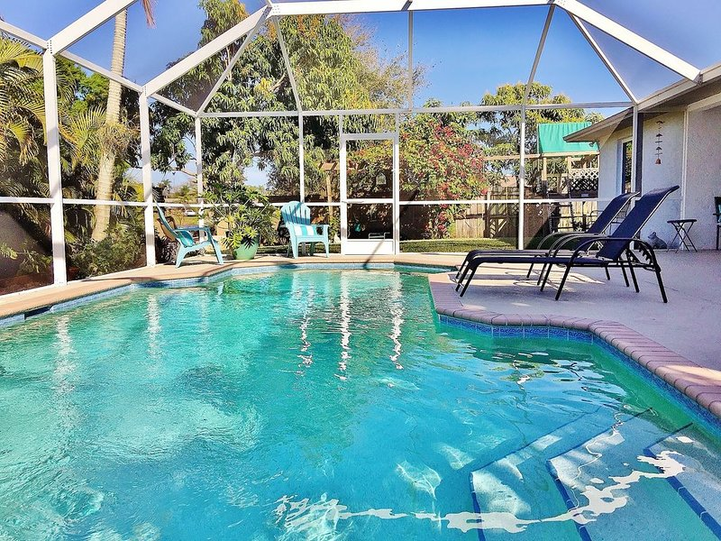Naples Pool Home close to the Beach!, holiday rental in Naples