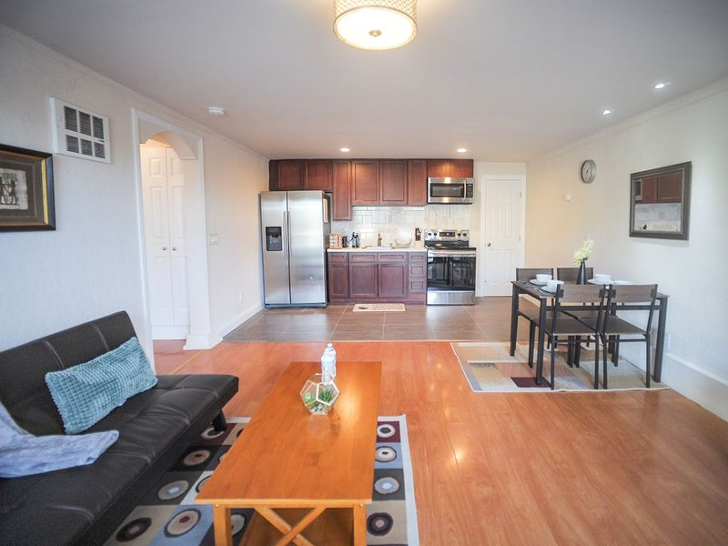 Beautiful Westlake Palisades Home, casa vacanza a Daly City