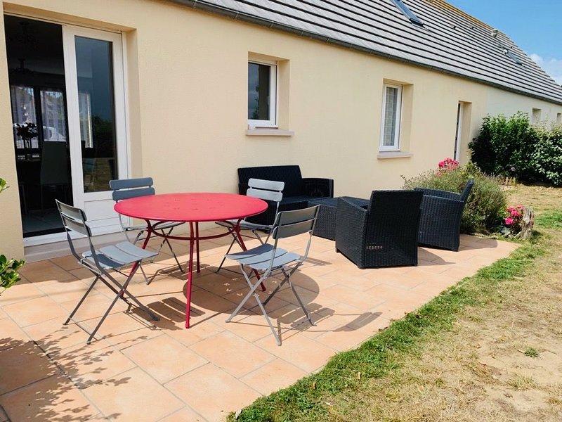 Maison tout confort, à 400m de la plage, holiday rental in Saint-Germain-Sur-Ay