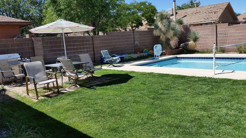 Private pool, no parties, maximum 8, holiday rental in Rio Rancho