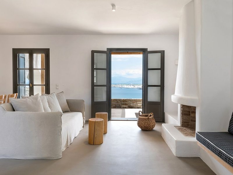 Sapphire - 5 Bedroom Villa Sea View Private Pool, holiday rental in Kolimpithres