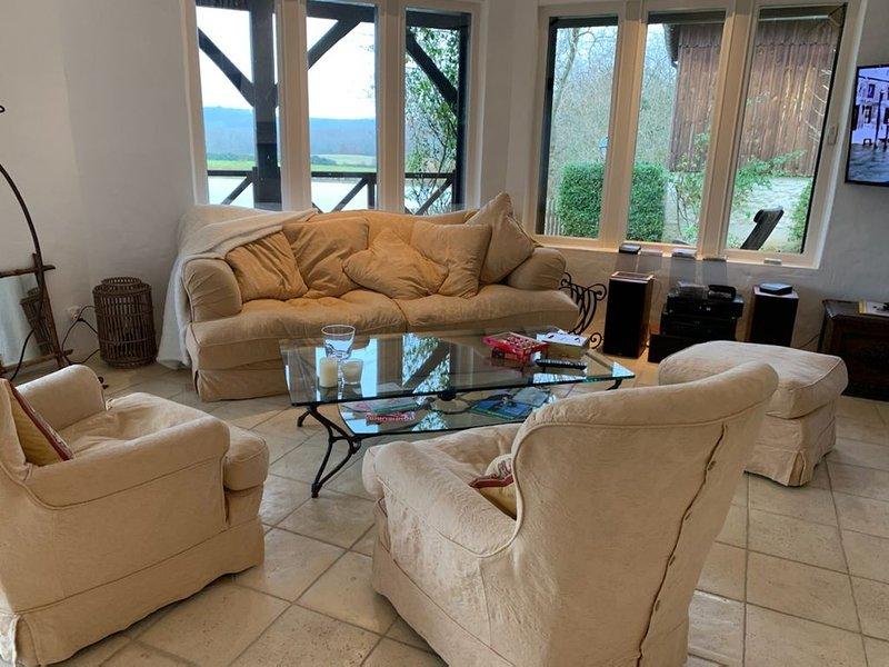maison sur golf des Vigiers, holiday rental in Monestier
