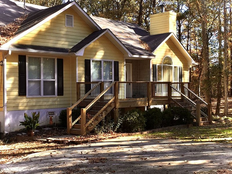 Close to 'The Walking Dead' territory,  our Rockaway Hideaway. Hideaway., holiday rental in Luthersville