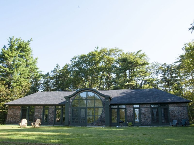 Secluded Architect designed House - Monadnock Region - Great Escape, alquiler de vacaciones en Harrisville