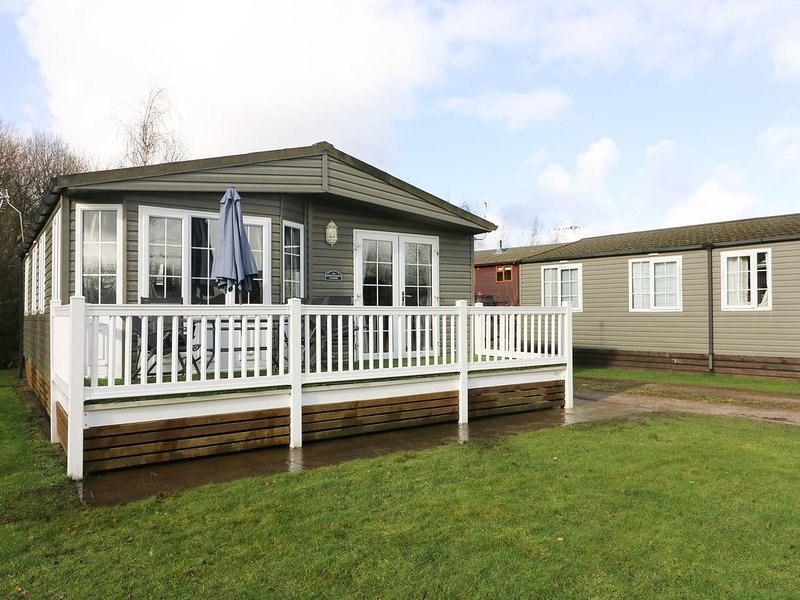 15 Silverdale, SOUTH LAKELAND LEISURE VILLAGE, casa vacanza a Warton