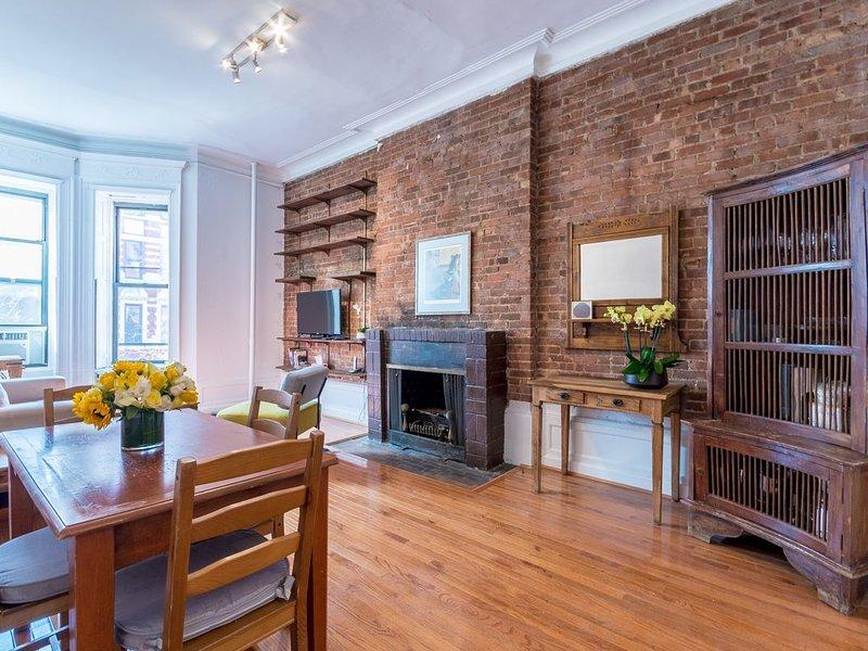 Spacious one bedroom apartment by Central Park and Museum, location de vacances à Guttenberg