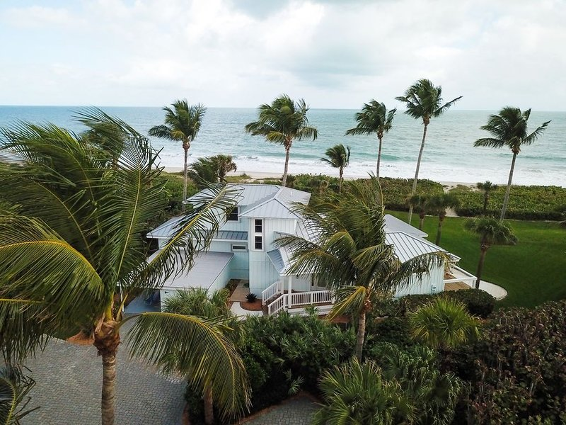 Incredible Oceanfront 5 BR/3 BA, location de vacances à Vero Beach