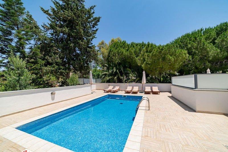 Villa Stephanotis -  Modern Picturesque 3 bedroom Villa with Private Pool and Va, Ferienwohnung in Mellieha