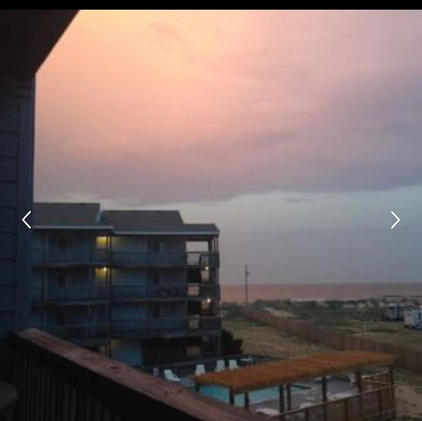 Relaxing condo with pool, beach access and elevator, location de vacances à Rodanthe
