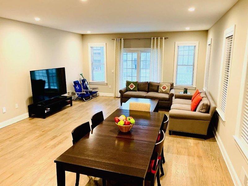 Stunning Brand New 4 Bedroom with Rooftop Deck, alquiler de vacaciones en Seaside Heights