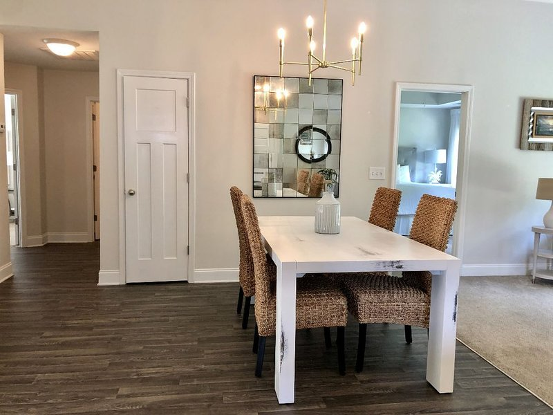 Private & Convenient, holiday rental in Greer