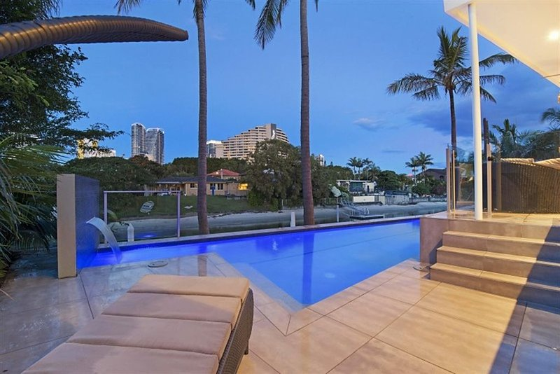 Blue Waters Retreat – It's time to share our secret.  Shhhhh., holiday rental in Gold Coast