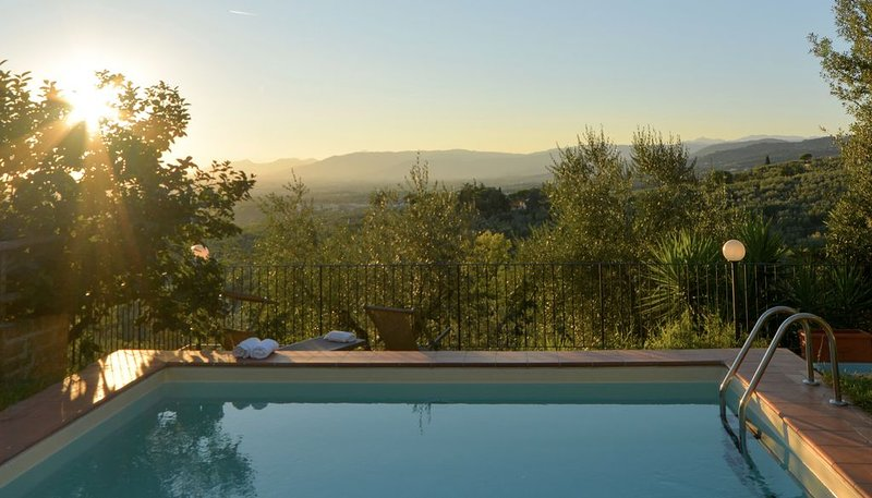 Farmhouse in Authentic Tuscany, holiday rental in Porciano