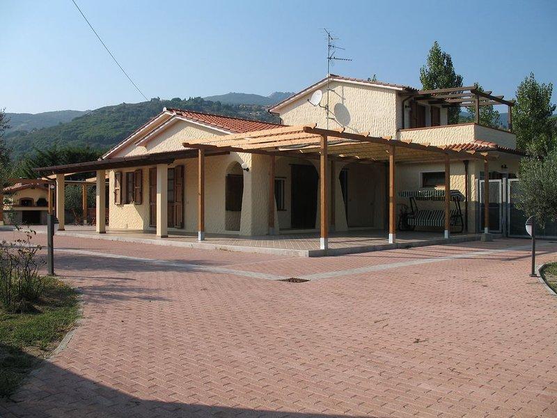 A Casa di Livia la vacanza è relax, allegria e piacere di stare insieme., holiday rental in La Pila