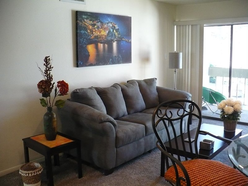 Vacation condo next to the marina and two parks., holiday rental in Montgomery
