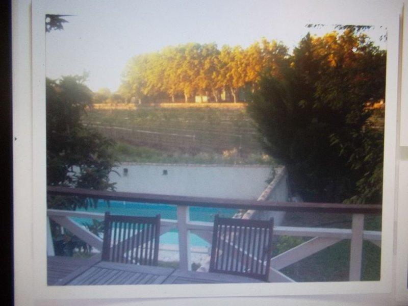 Appartement de vacances avec jardin,piscine,parking à Pézenas, holiday rental in Lezignan-la-Cebe