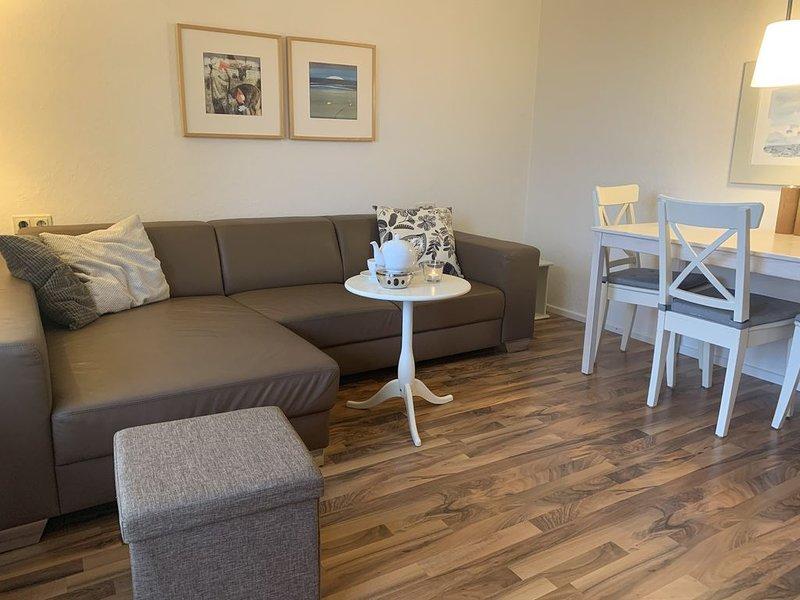 moderne Komfortwohnung direkt am Dünengebiet, Strandnah, holiday rental in Langeoog