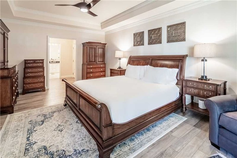 Sophisticated Private Residence Located at The Ritz-Carlton and steps away from, vacation rental in Grand Cayman