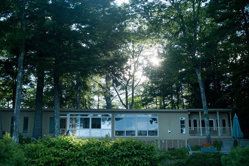 Sebago Lake Shorefront.  Mid century charm. Private location. Gorgeous views., holiday rental in Sebago