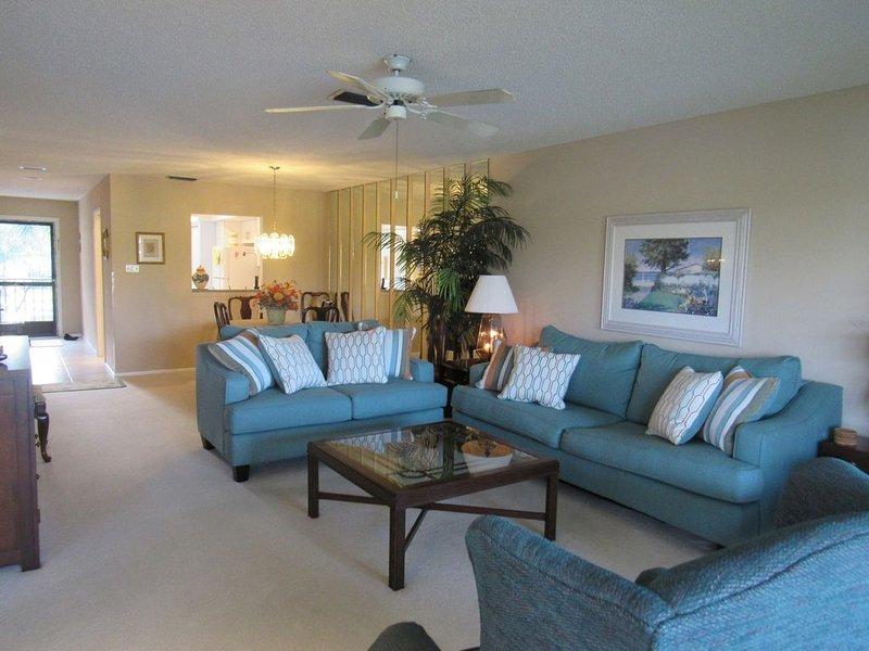 Gulf Coast, Fl. 2/2 Furnished condo, holiday rental in Braden River
