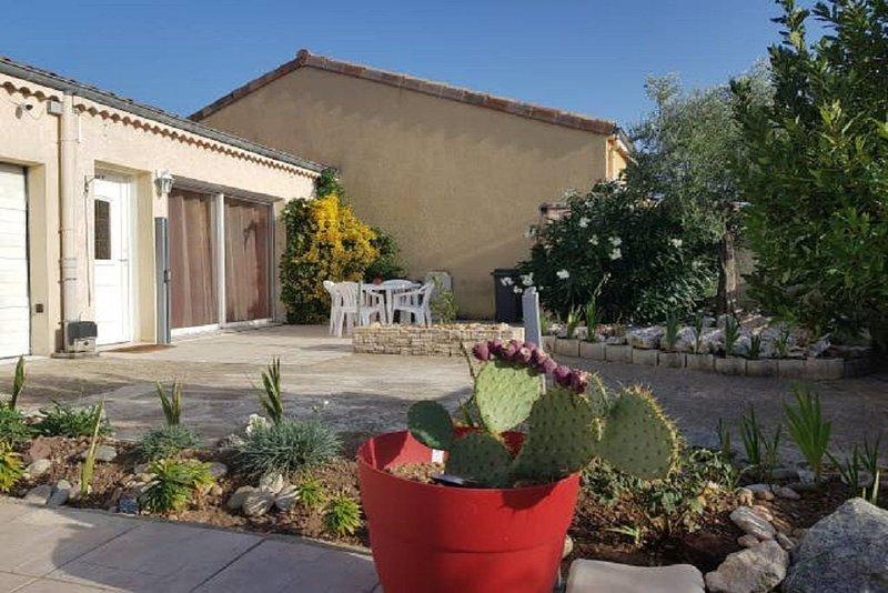Agréable maison de 85m2 au calme classé 4 étoiles., vacation rental in Chabeuil