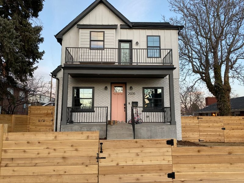 Centrally-located spot great for adventures both urban and mountainous!, holiday rental in Wheat Ridge
