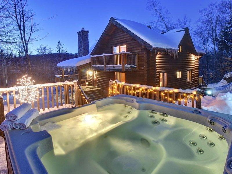 CHIC, Familiale, Relaxant avec SPA en montagne, aluguéis de temporada em Nominingue