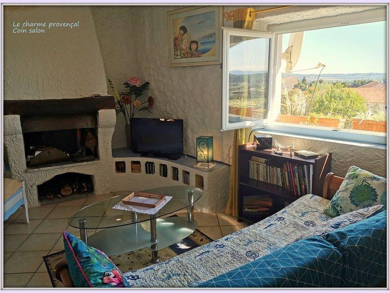'Le charme provençal', Appartement de caractère, classé 2*, holiday rental in Lorgues