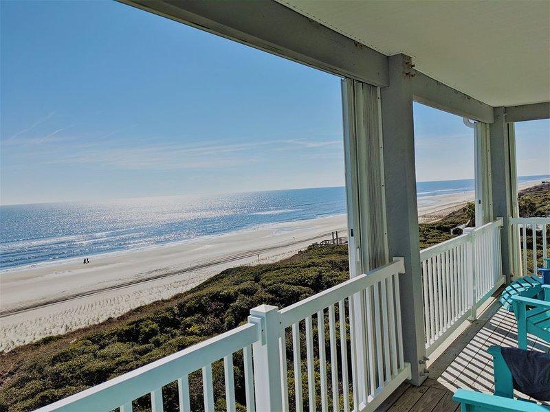 OCEANFRONT Top Floor Panoramic Ocean View, NEW LISTING at Ocean Club Resort, vacation rental in Salter Path