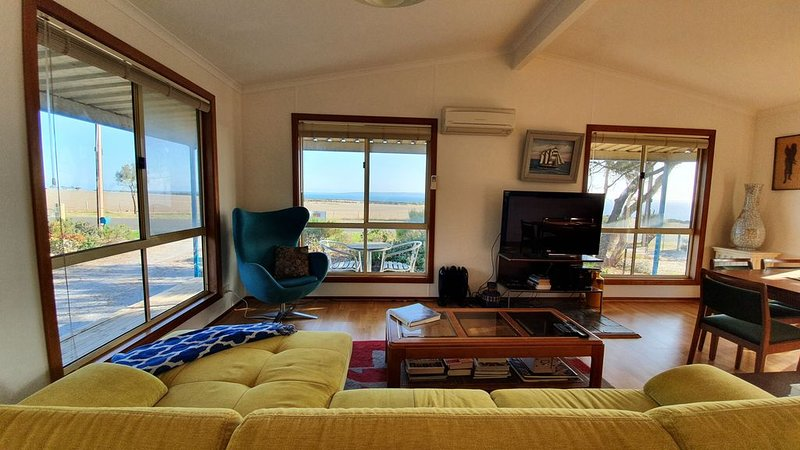 Island & Sea Views: Getaway Cottage* Cape Jervis, holiday rental in Delamere