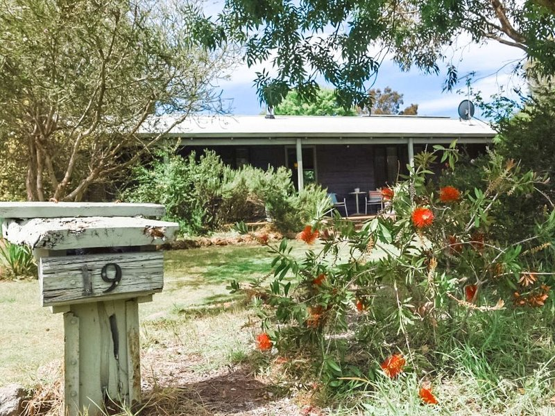 Bluewater Cottage - town and beach at your door, location de vacances à Dunsborough
